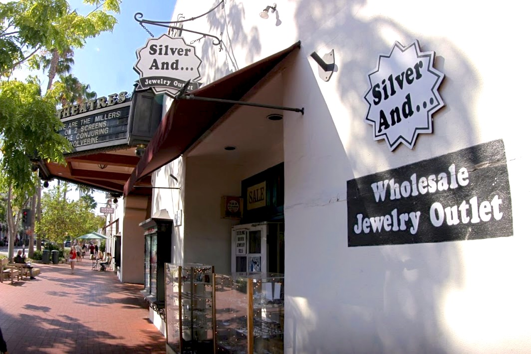 Silver And... jewelry outlet's Google interactive 360 degree tour. Santa Barbara by JP Jammet Google trusted photographer