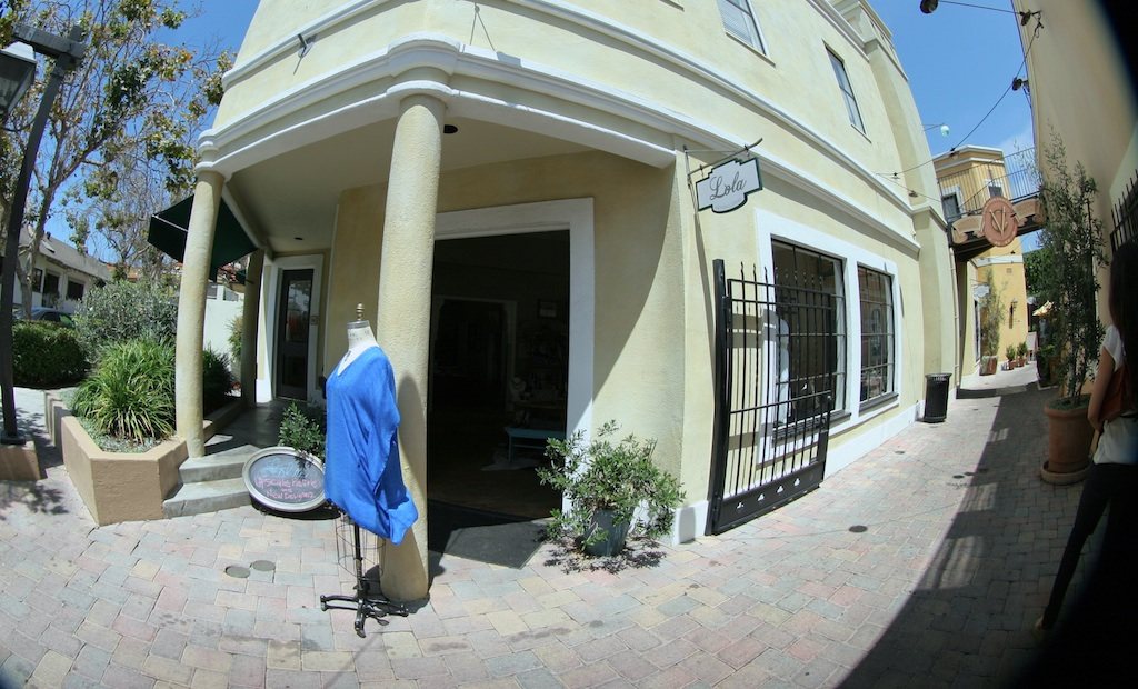 Lola's boutique Google Maps Business View by 805 Productions