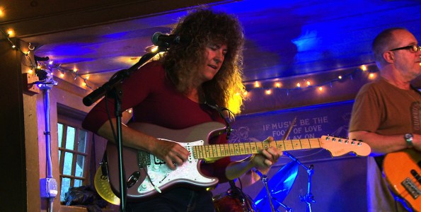 Teresa Russell: Guitar and Lead vocals. Recorded at Cold Spring Tavern Santa Barbara. 805 Productions Films