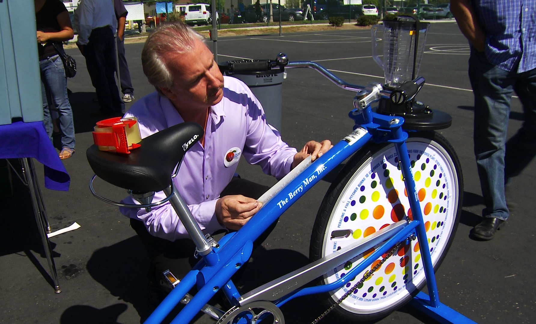 805 Productions presents: The Berry Man, Inc. serving the community. Make delicious organic fruit smoothies with The Berry Man, Inc. Blender Bike! At Sheridan Way Elementary School, Ventura, CA.