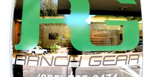 Ranch Gear Print Shop Google Street View | Trusted. Visite virtuelle Google en Californie, Etats Unis
